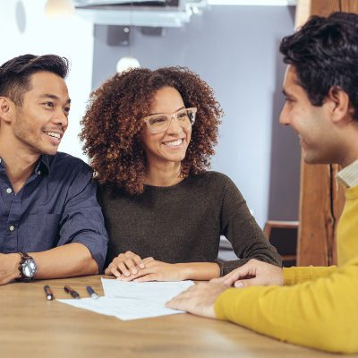 Real Estate Law 101: What to Expect at a Home Closing